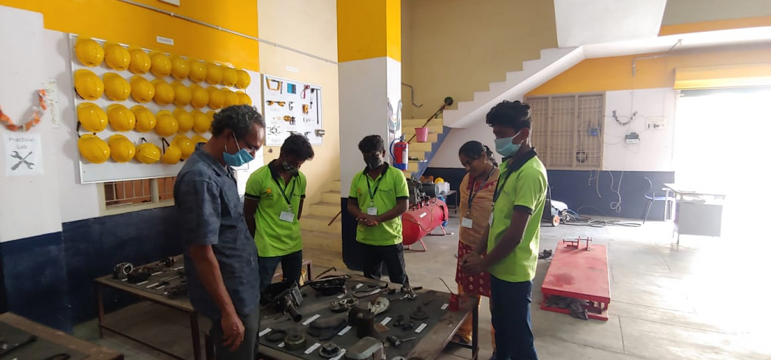 Orientation of mechanics by jbindia for students with associated partners (2)