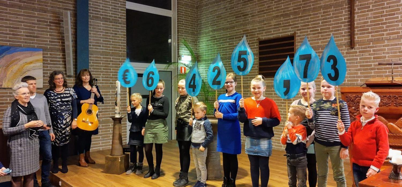 Leerlingen Maartensdijk halen ruim € 6000 op voor Drops4Crops