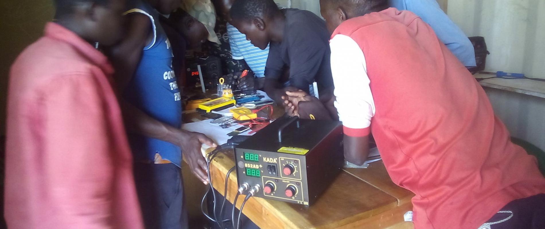 Phone and radio students